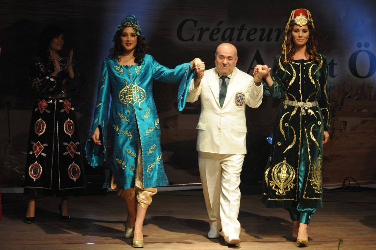 From the fashion show of Ottoman Collection